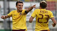 Útočník Sparty David Lafata oslavuje jediný gól utkání v Příbrami.