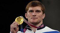 Olympijské zlato v řecko-římském stylu ve váze do 97 kilogramů získal ruský zápasník Musa Jevlojev