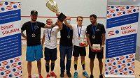 Strahov se raduje z devatenáctého squashového titulu.