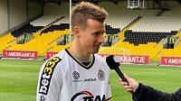 Lukáš Mareček při prvním rozhovoru v Lokerenu.