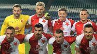 Fotbalisté Slavie před zápasem s Valerengou.