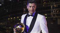 Robert Lewandowski řerušil nadvládu Cristiana Ronalda v anketě Globe Soccer Award