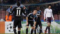 Smutní fotbalisté Chelsea po porážce v Neapoli