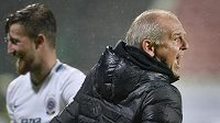 Radost Petra Rady z vítězného gólu v Příbrami. Vběhl na hřiště, aby ho s hráči řádně oslavil...
