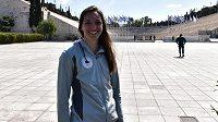 Alena Ulrichová v rámci univerzitní stáže navštívila v Aténách na stadionu Panathinaiko předání olympijského ohně organizátorům z Tokia.