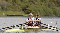 Sestry Antošovy - vlevo Lenka, vpravo Jitka - postoupily z druhého místa do finále.