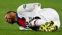 Fotbalistům Paris St. Germain bude až čtyři týdny chybět útočník Neymar