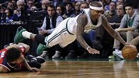 Isaiah Thomas z týmu Boston Celtics během utkání NBA s Washingtonem Wizards.