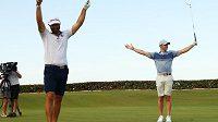 Rory McIlroy s bývalým prvním golfistou žebříčku Dustinem Johnsonem vyhráli exhibiční soutěž dvojic na Floridě