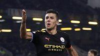 Fotbalista Manchesteru City Rodri oslavuje gól v utkání 15. kola Premier League proti Burnley
