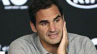 Roger Federer se zatím na zahájení sezony nechystáq