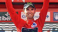 Španělský cyklista Alejandro Valverde je znovu lídrem Vuelty.