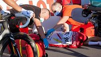 Fabio Jakobsen po těžkém pádu ve sprintu