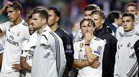 Zklamaní fotbalisté Realu Madrid po prohře v Superpoháru UEFA s Atléticem. Jak se bude dařit Bílému baletu v novém ročníku La Ligy?