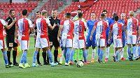 Fotbalisté Slavie a Liberce nastupují k vzájemnému zápasu na prázdném stadionu v Edenu