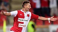 Útočník Slavie Praha Milan Škoda se raduje z branky proti Liberci.