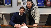 Osmadvacetiletý útočník Emiliano Sala přestoupil v sobotu z Nantes do Cardiffu za 15 milionů liber.