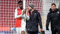Zraněný Peter Olayinka ze Slavie