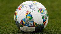 Fotbalová Liga národů už má i svůj vlastní míč.