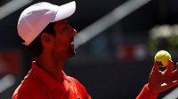 Novak Djokovič si v Madridu zahraje o finále