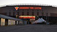 Hokejový klub Ottawa Senators nabídl svou arénu Canadian Tire Centre s dalšími třemi přilehlými halami k využití v boji s pandemií koronaviru.