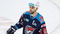 Michal Vondrka z Chomutova během utkání na Spartě.