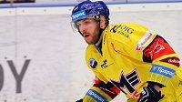 Švédský hokejový obránce Niklas Pavel