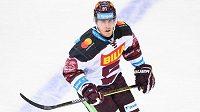 Marek Kvapil ze Sparty si nyní bude muset od hokeje nuceně odpočinout.