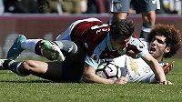 Joe Barton z Burnley to dokázal rozjet nejen na trávníku. Stal se z něj gambler a teď za to dostal trest. Na souboje s Manchesterem United musí rok a půl zapomenout.