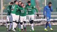 Radost hráčů Jablonce v derby s Libercem.