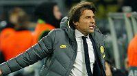 Antonio Conte utkání jako vždy prožíval velmi emotivně