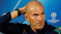 Zinedine Zidane nemůže být s výkony svého týmu spokojen