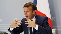 Francouzský prezident Emmanuel Macron prosazuje, aby se fotbalová sezona v nejlepších pěti ligách Evropy nedohrávala.
