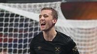 Tomas Souček z West Hamu věří ve čtvrtek Slavii v utkání Evropské ligy na půdě Leicesteru.