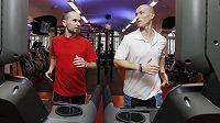 Tak to začalo. Trenér René Kujan (vlevo), trénovaný Libor Kalous (foceno v Jatomi fitness)