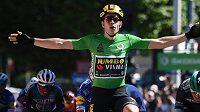 Wout van Aert se na závodě Critérium du Dauphiné radoval druhý den po sobě z výhry.