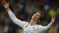 Zoufalý Cristiano Ronaldo z Realu Madrid během duelu s Villarrealem.