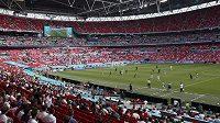 Na semifinále a finále fotbalového mistrovství Evropy ve Wembley se dostane až 45 tisíc fanoušků