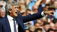 Kouč Manchesteru City Manuel Pellegrini měl ve Wembley plné ruce práce...