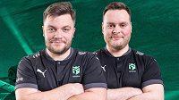 Lukáš Podstata a Michal Matoušek z týmu Entropiq, udrží průběžné vedení v pořádí stájí i po třetím podniku Virtual GP? Zdroj: www.entropiq.gg