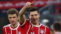 Robert Lewandowski řídil kanonádu Bayernu Mnichov proti Dortmundu.