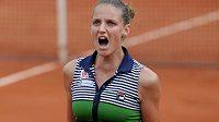 Karolína Plíšková se ve čtvrtfinále French Open rvala ze všech sil.