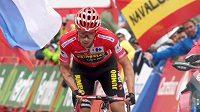 Primož Roglič uhájil v předposlední etapě náskok a dojede si pro triumf na Vueltě.