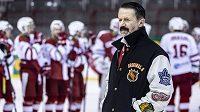 Svérázný trenér Slavie Luboš Hrouzek nejde pro ostrá slova daleko