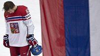 Zklamaný český útočník David Pastrňák po prohraném čtvrtfinále s Ruskem.