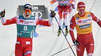 Pal Golberg a Alexander Bolšunov v cíli závodu