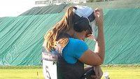 Barbora Šumová se soustředí rozhodující dvoustřel.