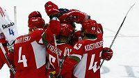 Bělorusové se radují z branky do sítě českého národního týmu v přípravném utkání.