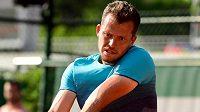 Adam Pavlásek bojuje o postup do dalšího kola