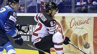 Hokejisté Kanady se budou muset ve zbytku mistrovství světa na Slovensku obejít bez pomoci obránce Brandona Montoura